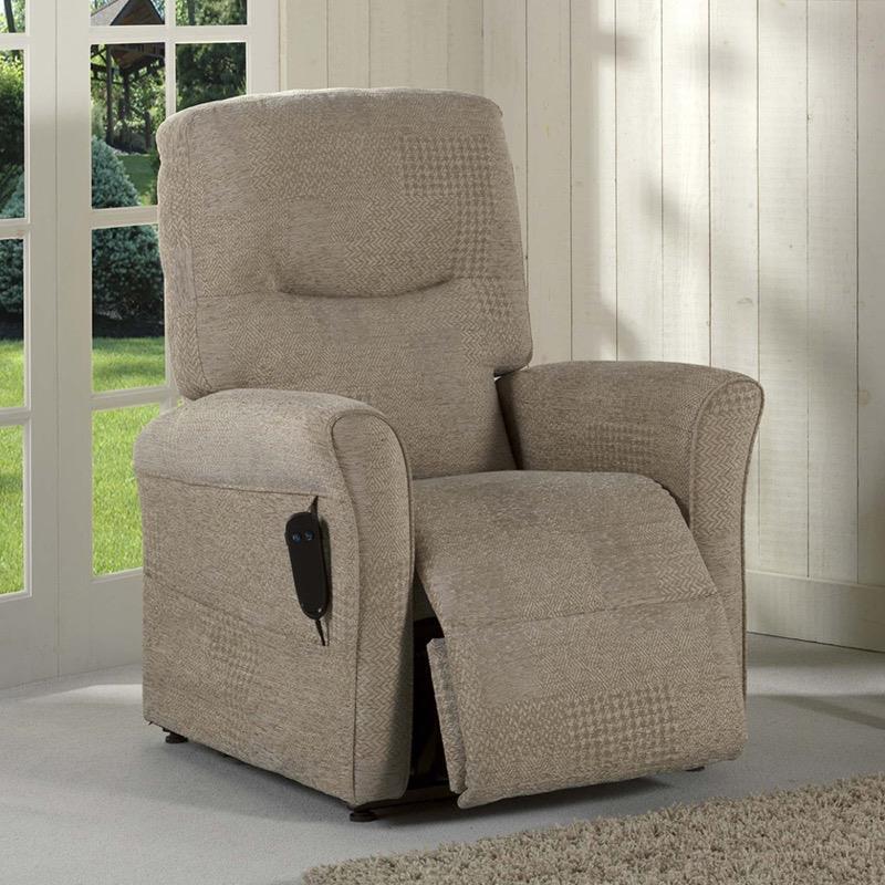 Helmsley Single Motor Tilt-in-Space Chair